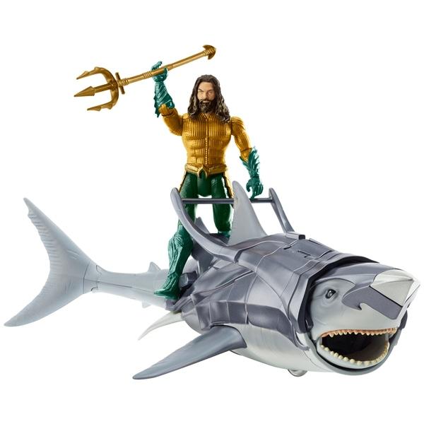 Aquzman si Warrio Shark