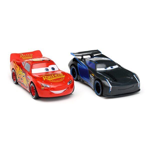 Set masinute Pullback Stunt Racers si Fulger McQueen