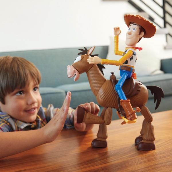 Disney Pixar Toy Story Woody și Bullseye Adventure Pack